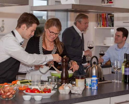 Gemütlicher Kochabend im Team
