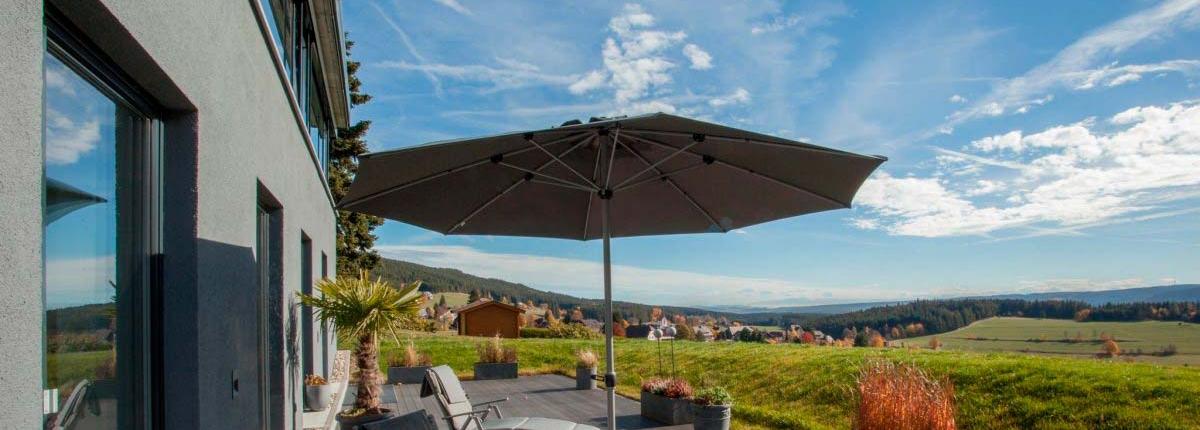 Sonnenterrasse von unserem Seminarhaus im Schwarzwald